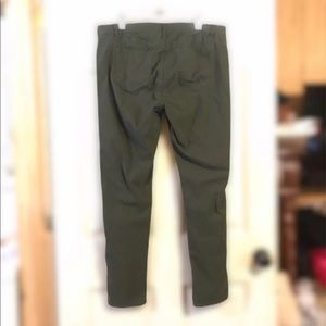 VIP Army Green Skinny Jeans Sz 18